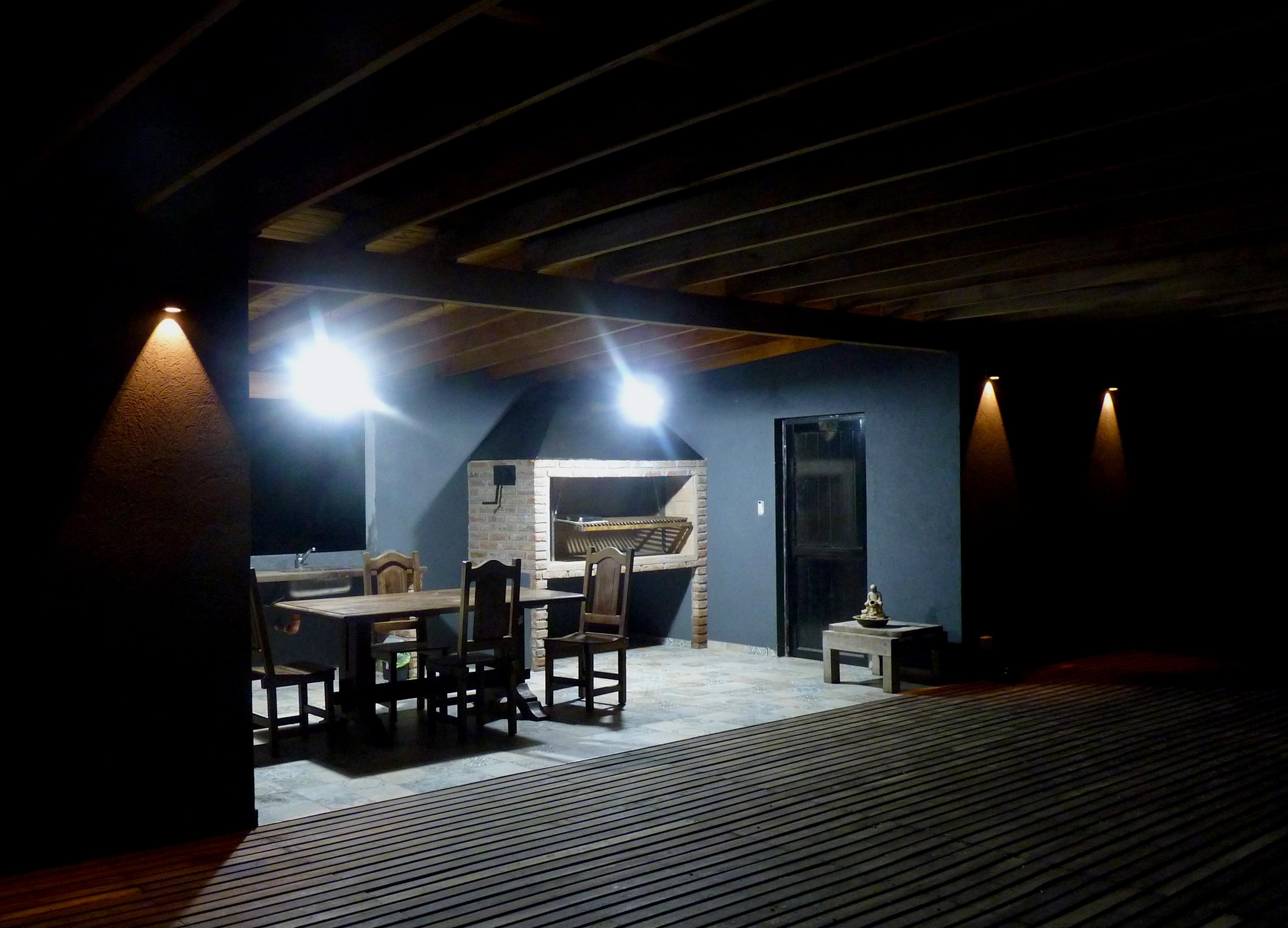 Quincho Externo, parrilla iluminada para uso nocturno casona del rio